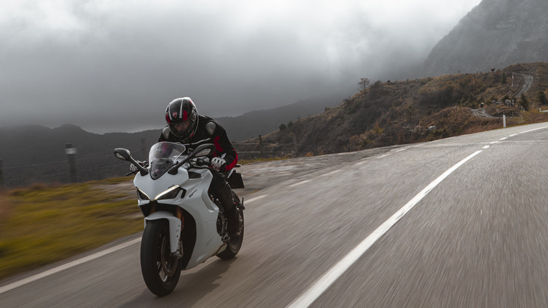 2021 Ducati SuperSport 950 S in Albuquerque, New Mexico - Photo 9