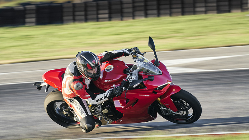2021 Ducati SuperSport 950 S in Albuquerque, New Mexico - Photo 15