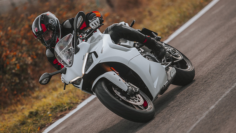 2021 Ducati SuperSport 950 S in Saint Louis, Missouri - Photo 16