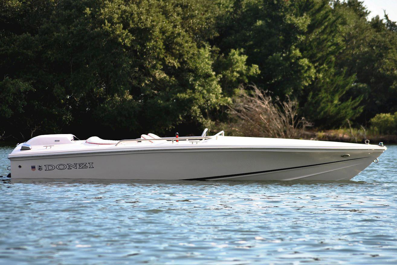 New 2019 Donzi 16 Classic Power Boats Inboard in Holiday, FL