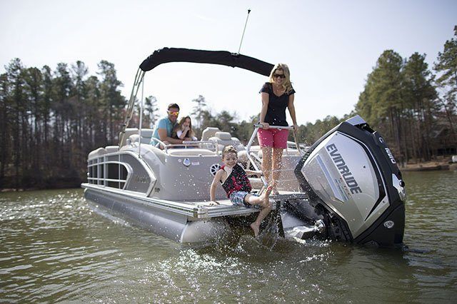 2016 Evinrude A200XHC in Oceanside, New York