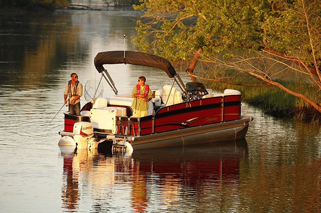 2016 Evinrude Pontoon E65SL in Roscoe, Illinois