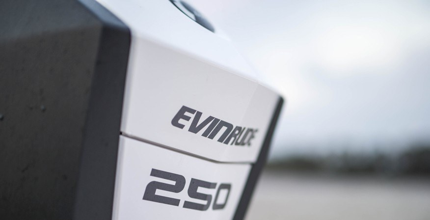 2017 Evinrude E-TEC G2 225 HP in Black River Falls, Wisconsin