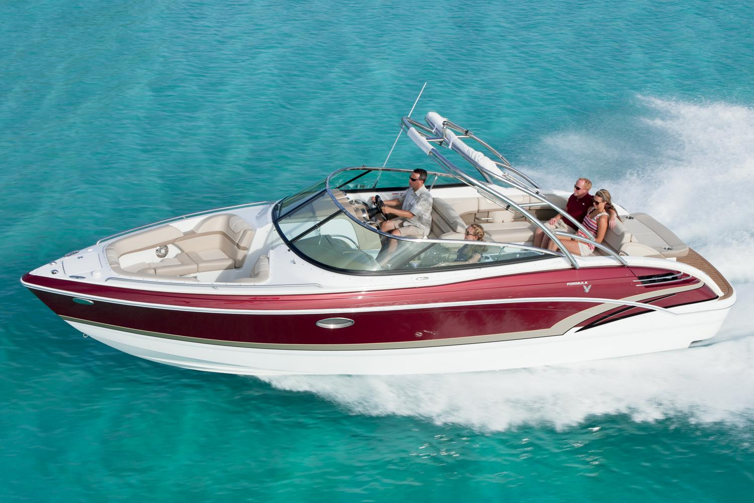 2016 Formula 290 FX Bowrider in Round Lake, Illinois