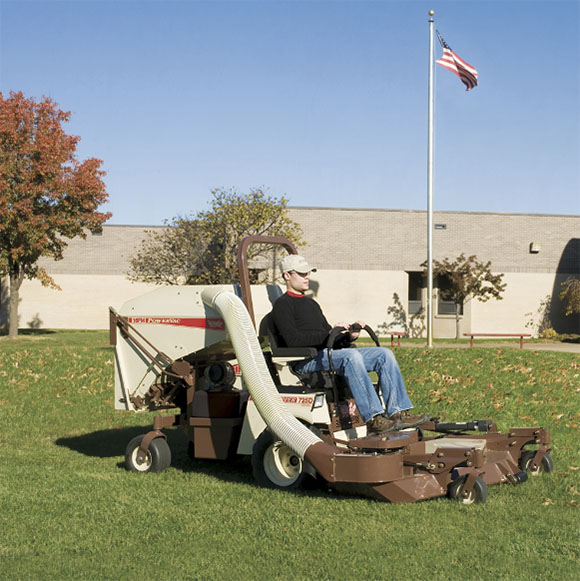 2019 Grasshopper FrontMount PowerVac (8HT) in Chillicothe, Missouri