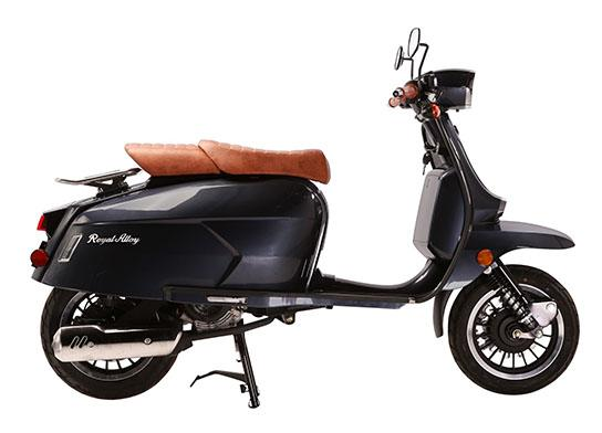 2019 Genuine Scooters Grand Tourer 150 in Greensboro, North Carolina - Photo 3