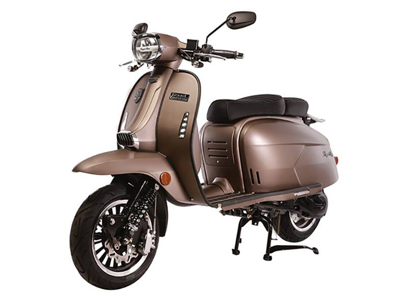 2020 Genuine Scooters Grand Tourer 150 in Sturgeon Bay, Wisconsin