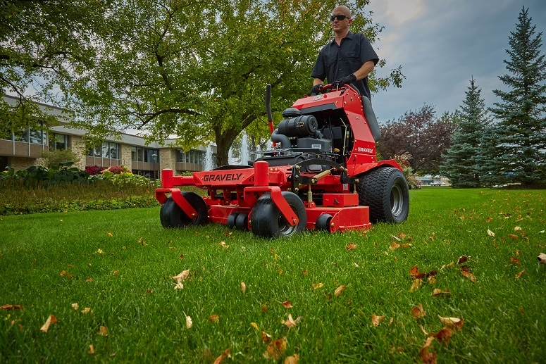 2017 Gravely USA Pro-Stance 60 FL (Kohler 24 hp V-Twin) in Kansas City, Kansas