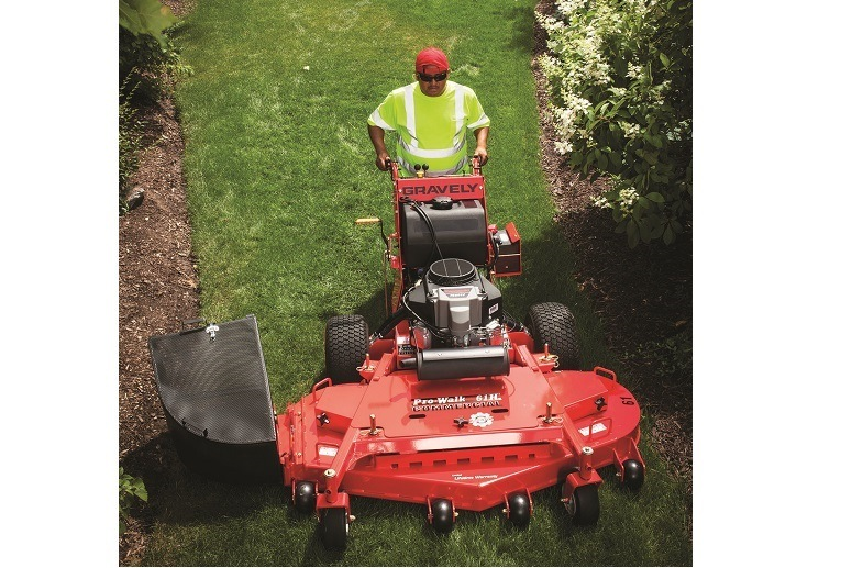 2017 Gravely USA Pro-Walk 32 GR (Kawasaki 14.5 hp V-Twin) in Kansas City, Kansas