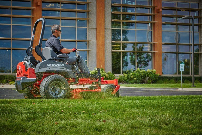 2017 Gravely USA Pro-Turn 260 (Kawasaki 27 hp V-Twin) in Chillicothe, Missouri
