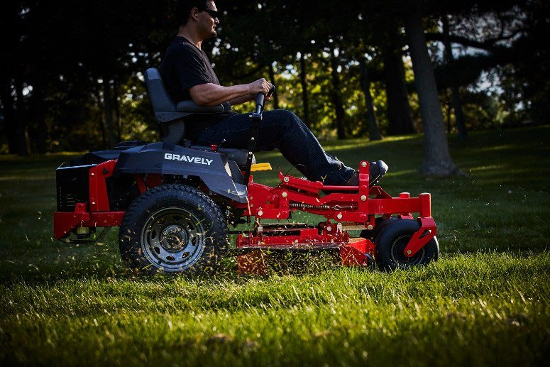 2017 Gravely USA ZT HD 48 (Kawasaki 23 hp V-Twin) in Kansas City, Kansas