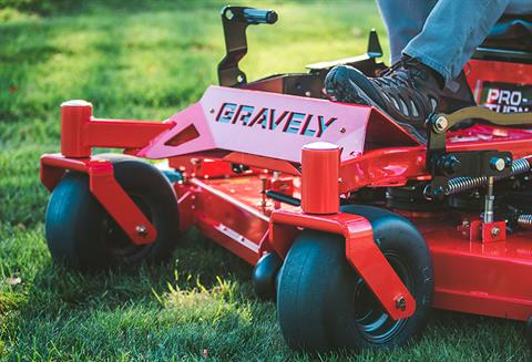 2018 Gravely USA Pro-Turn 152 52 in. Kohler ZT730 23 hp in Columbia City, Indiana - Photo 2