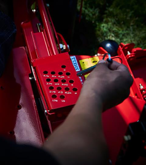 2018 Gravely USA ZT HD 52 (Kohler) in Smithfield, Virginia - Photo 2