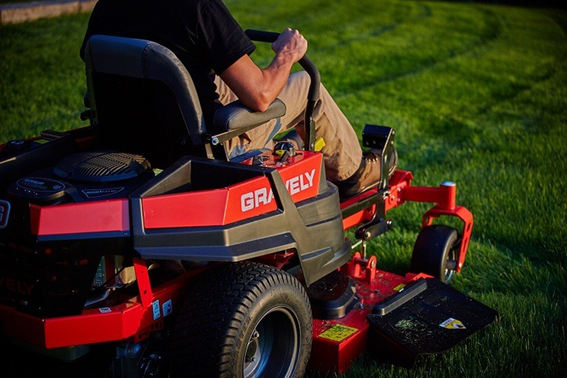 2018 Gravely USA ZT XL 52 in. Kawasaki FR 23 hp in Columbia City, Indiana - Photo 8
