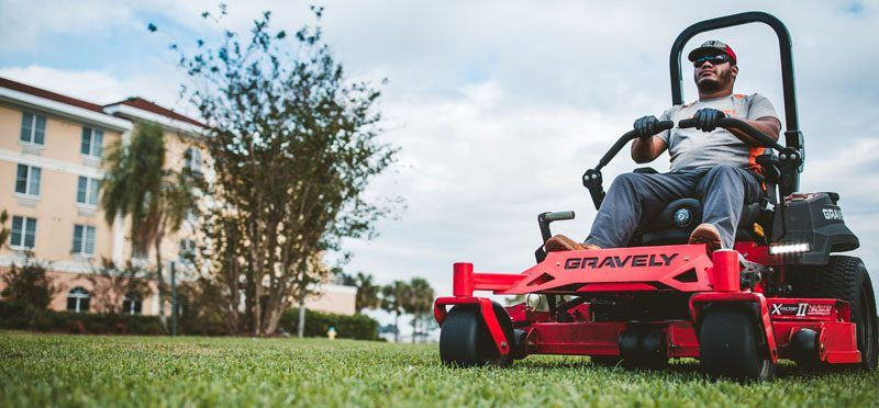2019 Gravely USA Pro-Turn 152 Kohler EFI Zero Turn Mower in Kansas City, Kansas - Photo 2