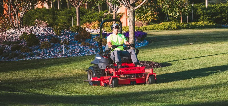 2019 Gravely USA Pro-Turn 272 Kawasaki Zero Turn Mower in Kansas City, Kansas - Photo 3