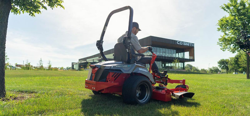2021 Gravely USA Pro-Turn EV 60 in. SD 16 kWh Li-ion in Dyersburg, Tennessee