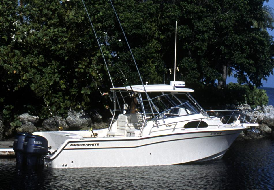 2015 Grady-White Marlin 300 in Bridgeport, New York