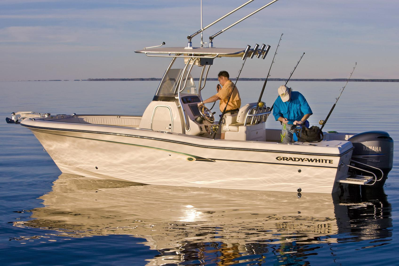2016 Grady-White Fisherman 230 in Bridgeport, New York