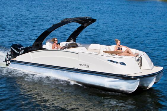 2014 Harris Flotebote Crowne 250 in Manitou Beach, Michigan