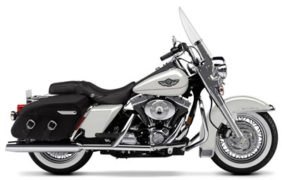 2003 Harley-Davidson FLHRCI Road King® Classic in Temecula, California - Photo 40