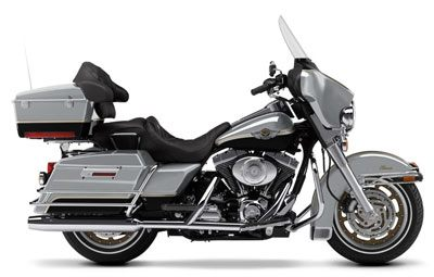 2003 Harley-Davidson FLHTC/FLHTCI Electra Glide® Classic in Vacaville, California - Photo 15