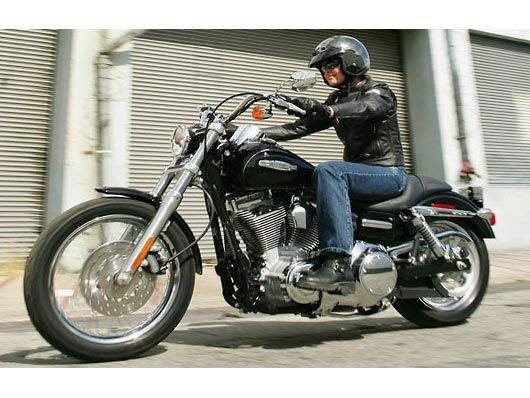 2007 Harley-Davidson FXDC Dyna® Super Glide® Custom in North Little Rock, Arkansas - Photo 9