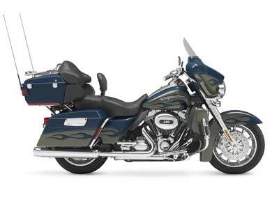 2010 Harley-Davidson CVO™ Ultra Classic® Electra Glide® in Dearborn Heights, Michigan