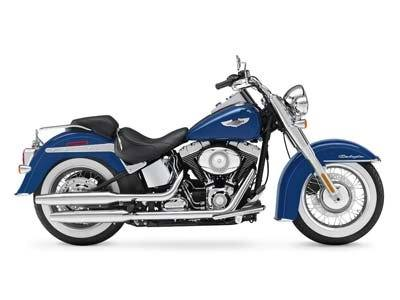 2010 Harley-Davidson Softail® Deluxe in Elkhart, Indiana - Photo 2