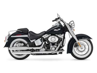 2010 Harley-Davidson Softail® Deluxe in Muskego, Wisconsin - Photo 15