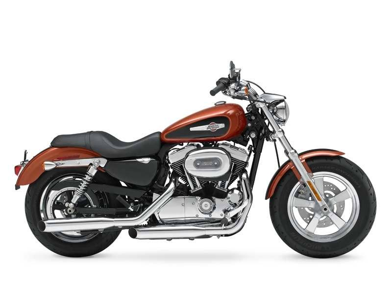 2011 Harley-Davidson Sportster® 1200 Custom in Oakdale, New York - Photo 5