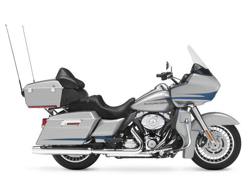 2011 Harley-Davidson Road Glide® Ultra in Ukiah, California