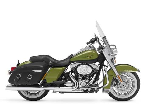 2011 Harley-Davidson Road King® Classic in Monroe, Louisiana - Photo 12