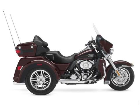 2011 Harley-Davidson Tri Glide® Ultra Classic® in Big Bend, Wisconsin - Photo 61