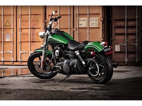 2012 Harley-Davidson Dyna® Street Bob® in Syracuse, New York - Photo 11