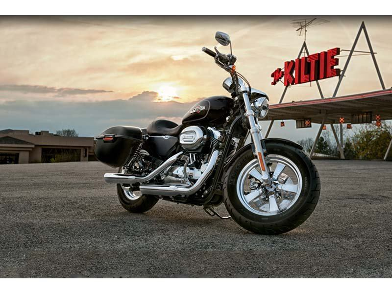 2012 Harley-Davidson Sportster® 1200 Custom in Pensacola, Florida - Photo 5