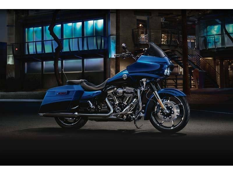 2012 Harley-Davidson CVO™ Road Glide® Custom in Mentor, Ohio