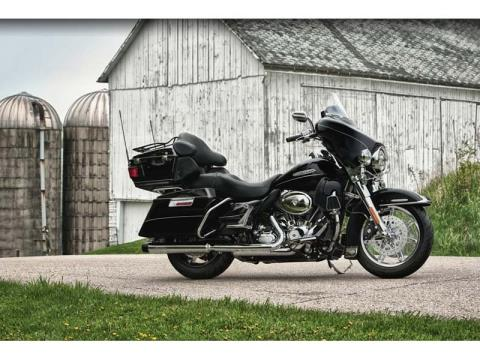2012 Harley-Davidson Electra Glide® Ultra Limited in Kokomo, Indiana - Photo 4