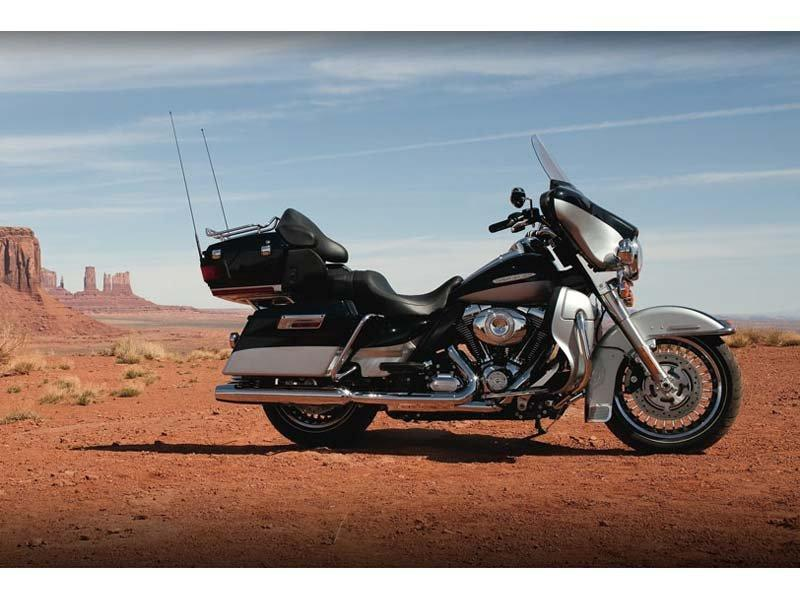 2012 Harley-Davidson Electra Glide® Ultra Limited in Kokomo, Indiana - Photo 6