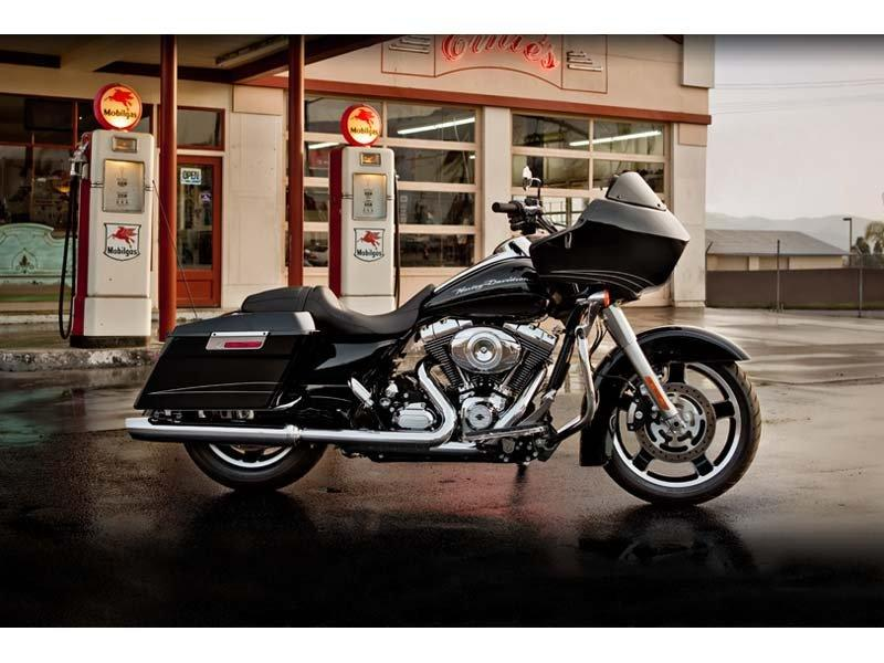 2012 Harley-Davidson Road Glide® Custom in Visalia, California - Photo 2