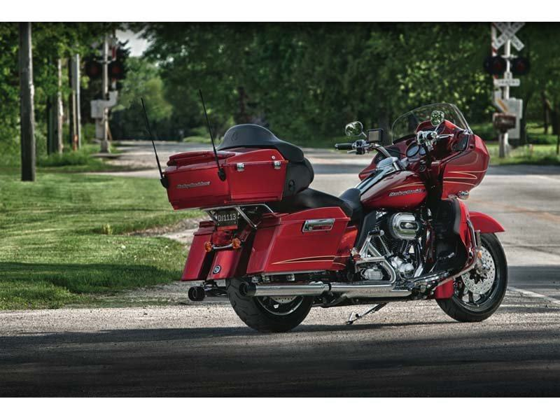 2012 Harley-Davidson Road Glide® Ultra in Pasadena, Texas - Photo 9