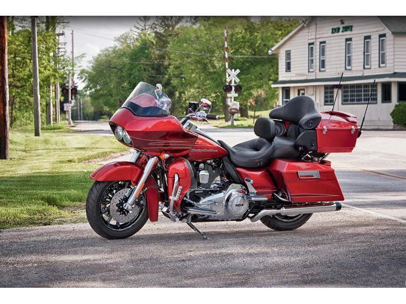 2012 Harley-Davidson Road Glide® Ultra in Pasadena, Texas - Photo 10