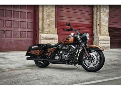 2012 Harley-Davidson Road King® in Oakdale, New York - Photo 3