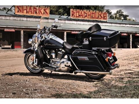 2012 Harley-Davidson Road King® in Oakdale, New York - Photo 5