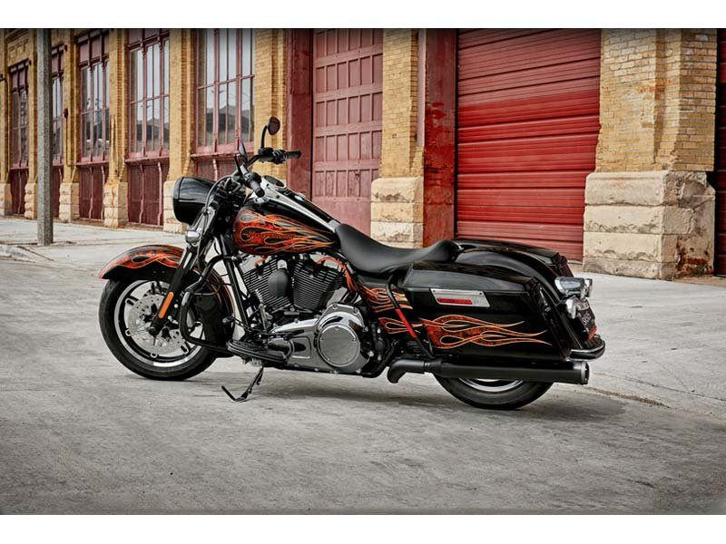 2012 Harley-Davidson Road King® in Oakdale, New York - Photo 4