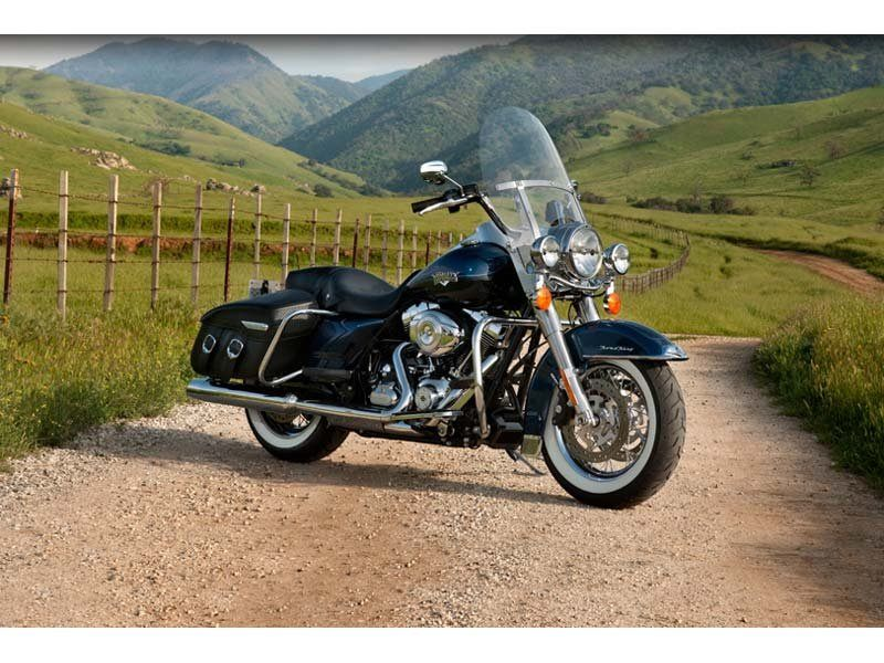 2012 Harley-Davidson Road King® Classic in Wichita Falls, Texas - Photo 11
