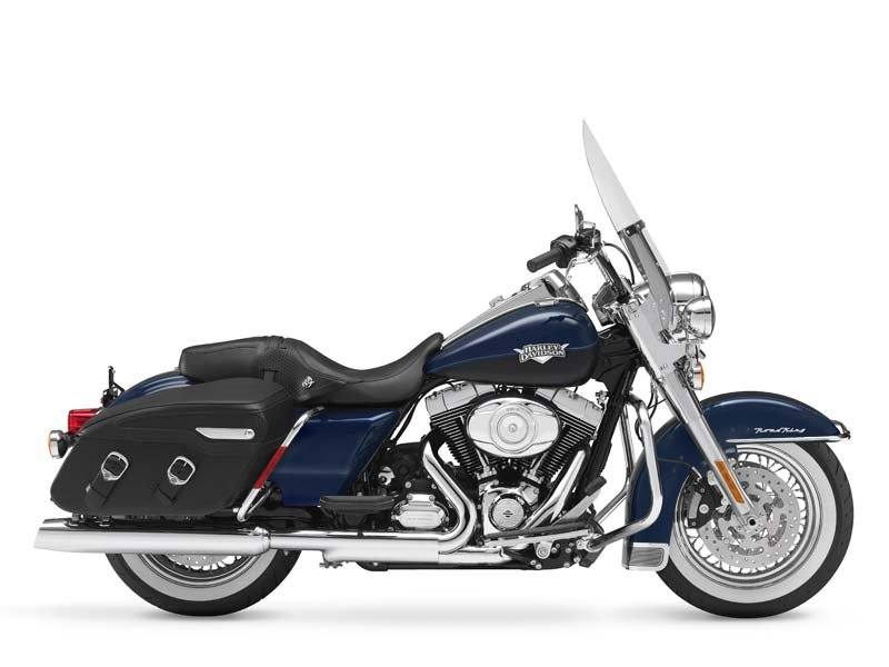 2012 Harley-Davidson Road King® Classic in Wichita Falls, Texas - Photo 10