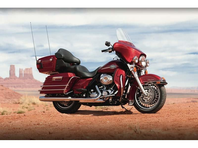 2012 Harley-Davidson Ultra Classic® Electra Glide® in Flint, Michigan - Photo 31