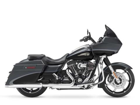 2013 Harley-Davidson CVO™ Road Glide® Custom 110th Anniversary Edition in Muskego, Wisconsin - Photo 15