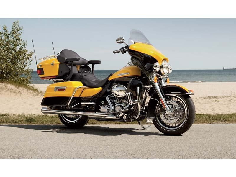 2013 Harley-Davidson Electra Glide® Ultra Limited in Cedar Rapids, Iowa - Photo 10